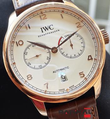 IWC Schaffhausen Beyaz Kadran Otomatik Erkek Kol Saati
