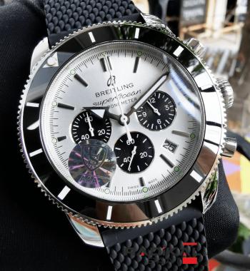 Breitling Superocean Chronometer Replika Saat