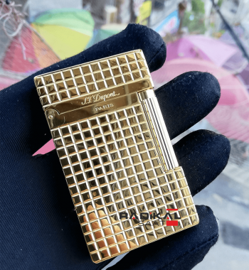 S.T. Dupont Çakmak Gold Renk Kare Desenli Model