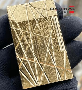 S.T. Dupont Çizgi Desenli Gold Renk Çakmak Modeli